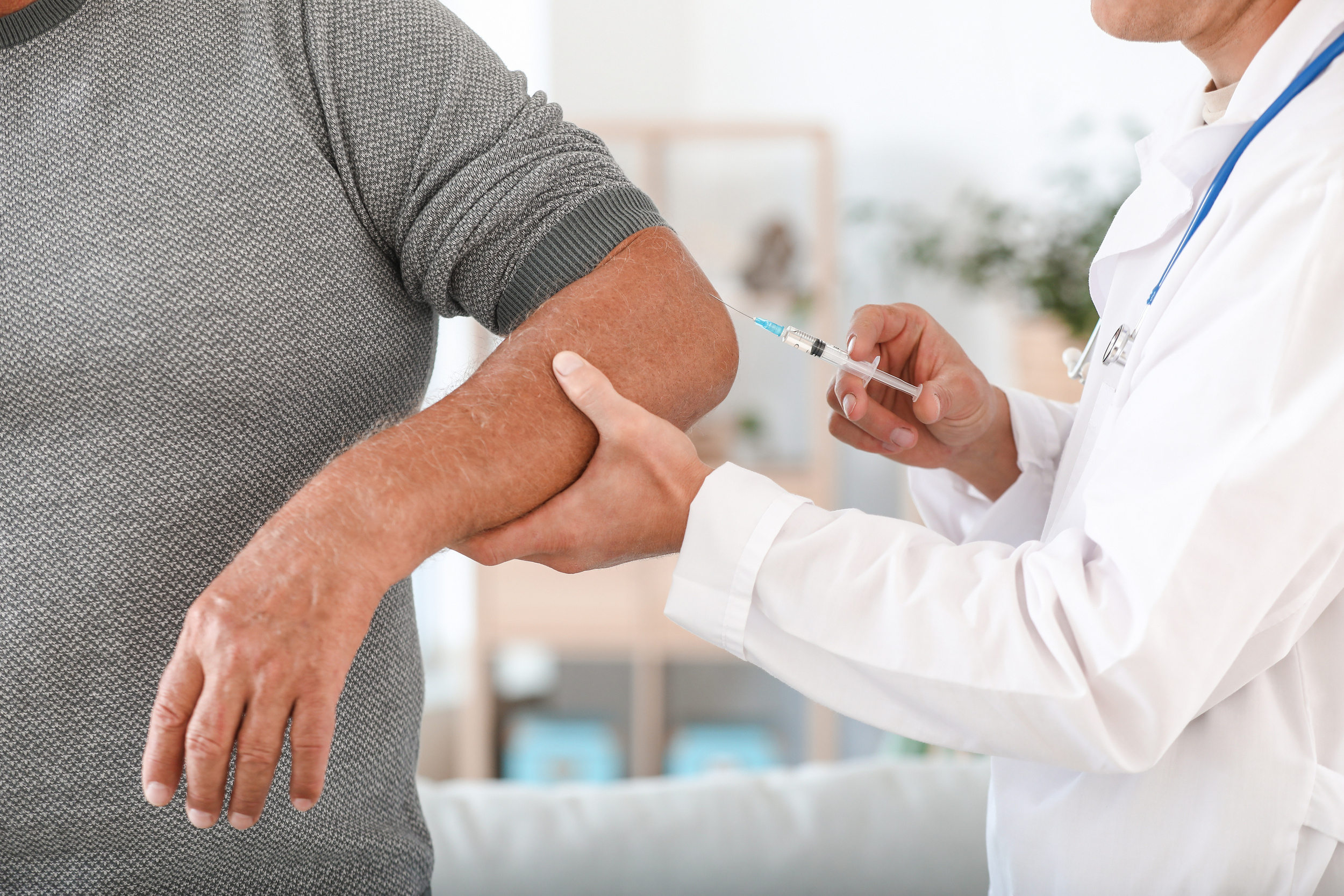 Overview, Benefits, & Side Effects of Sermorelin Injections (2021)